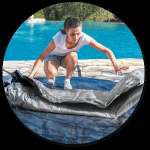 montaggio della vasca idromassaggio quadrata