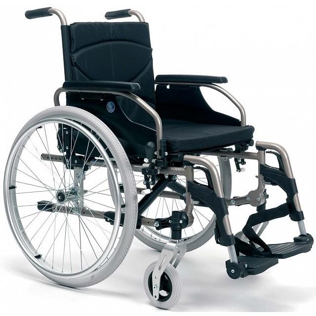 sedia a rotelle pieghevole in alluminio
